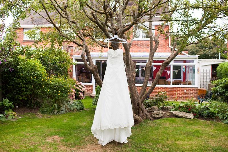 navyblur Hochzeit Brautkleid