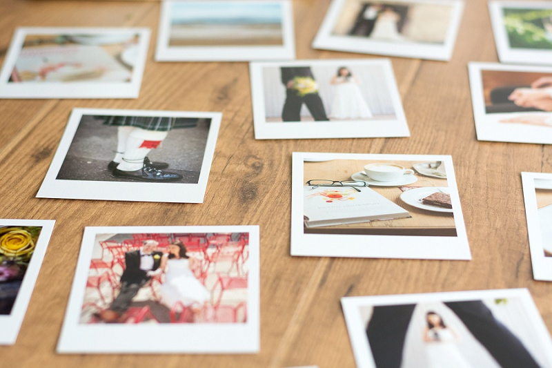 Erinnerungen an eure hochzeit mit polaroids von photolove for Polaroid fotos deko