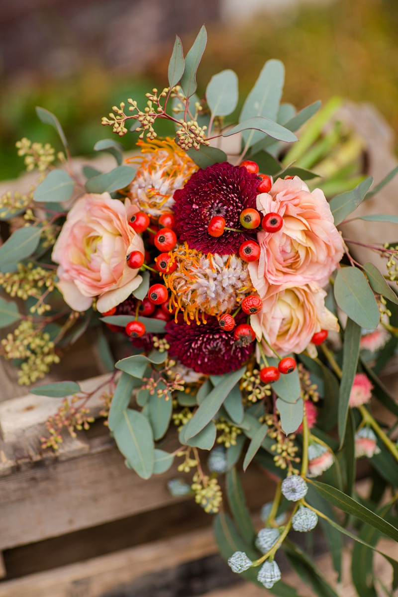 Brautstrauß rot Boho