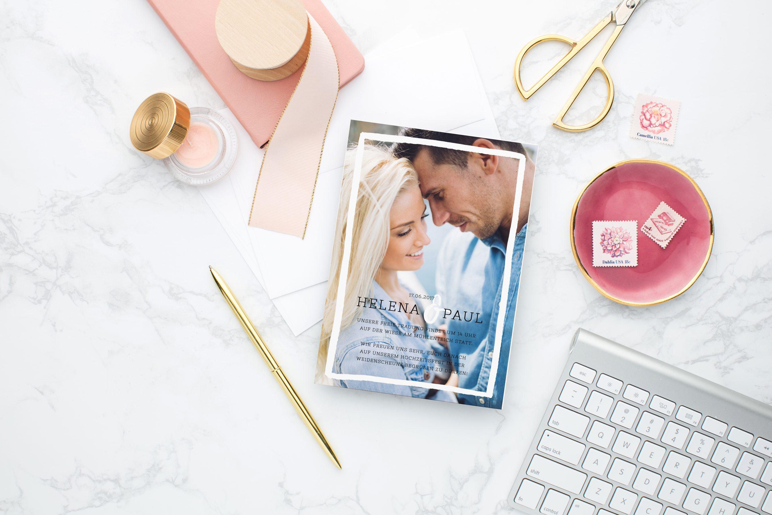 Was gehört in eine Hochzeitseinladung Tipps für den passenden