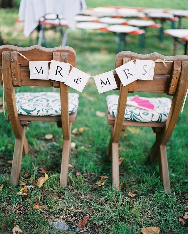 Stuhl Deko Hochzeit Schild Mr & mrs