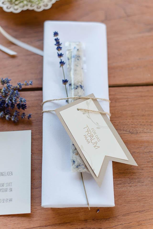 Gastgeschenk Hochzeit Lavendelsalz
