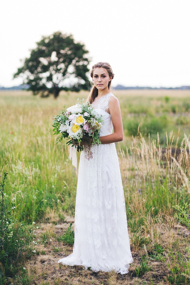 Oui Kollektion 2016: Brautmode von kisui