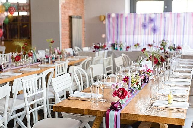 Hochzeit Tischdeko lila rosa