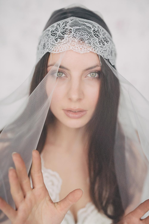 Braut haarschmuck  Haarschmuck für die Braut von Schönmich Accessoires 2016 ...