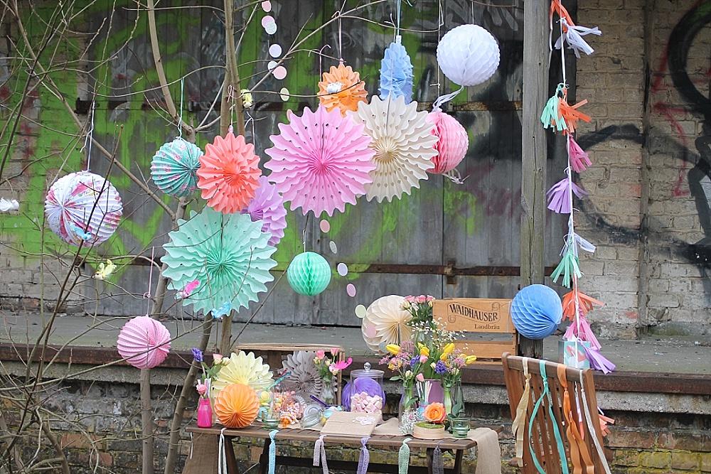 Candy Bar Hochzeit bunt