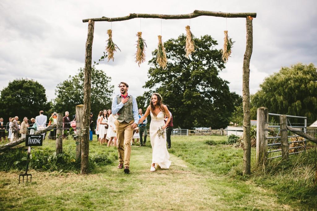 Nachhaltig 'grüne' Hochzeit mit rustikalem Flair