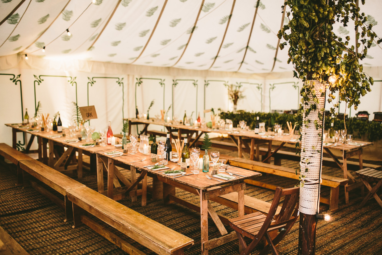 Tischdekoration Hochzeit grün nachhaltig