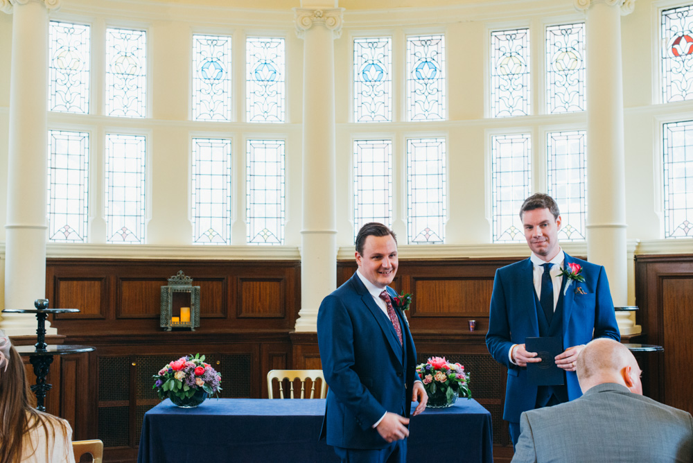 old finsbury town hall wedding photography london quirky alternative photographer-41