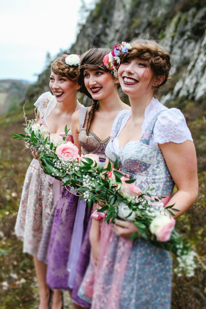 View More: http://claudiaebelingphotography.pass.us/bridalparty