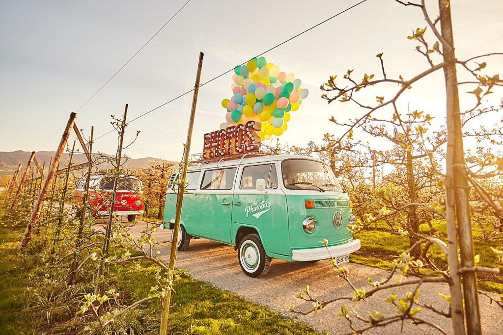 Rollender Fotobus: 8 Photo Booths auf vier Rädern