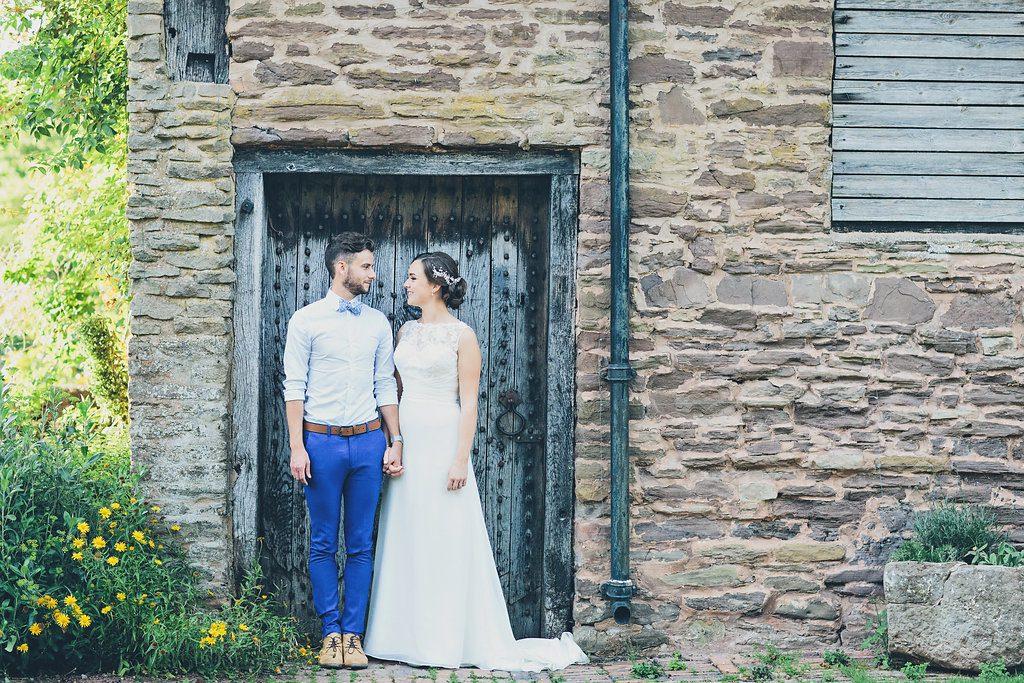 Rustikale Hochzeit mit viel Grün