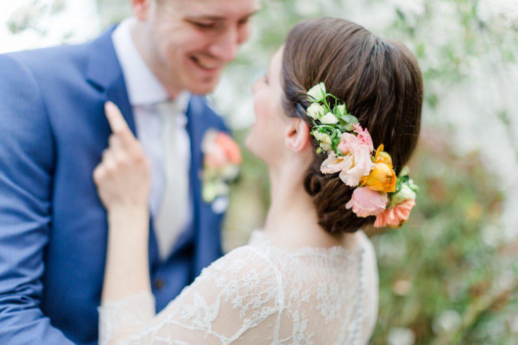 Berührende DIY Hochzeit in Apricot und Grün