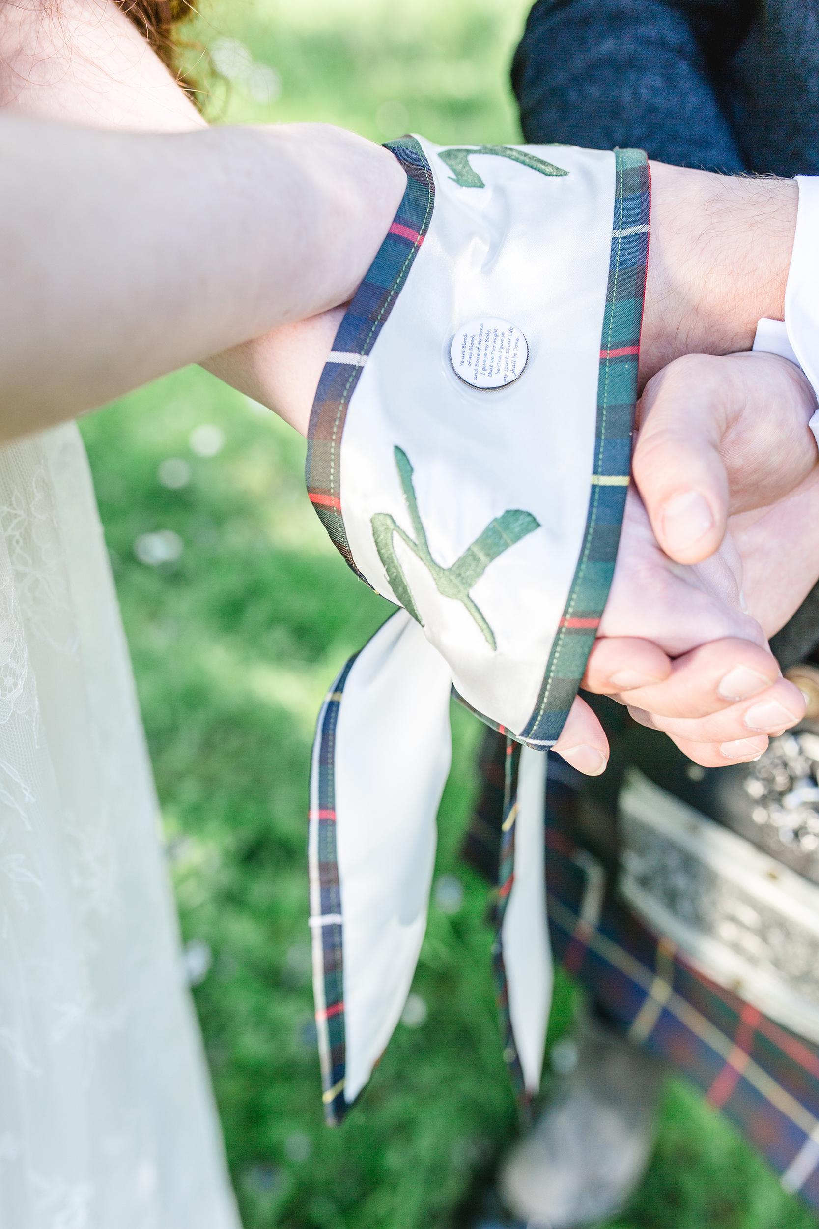schottische Handfasting Zeremonie