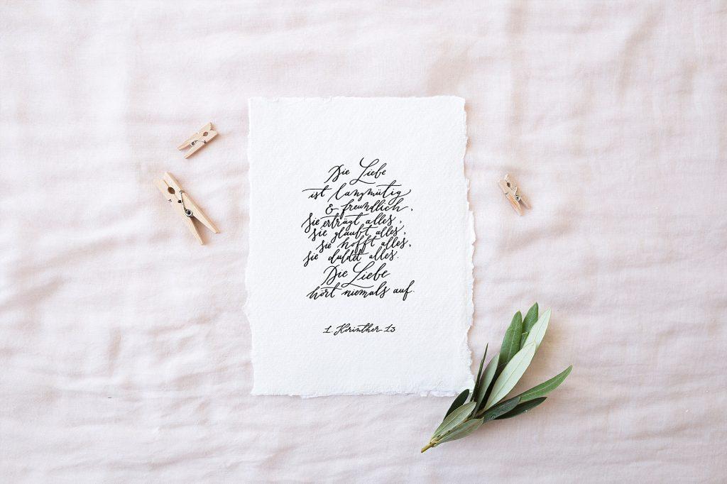 Handkalligrafierte Hochzeitsprints und Trausprüche von Jeannette Mokosch