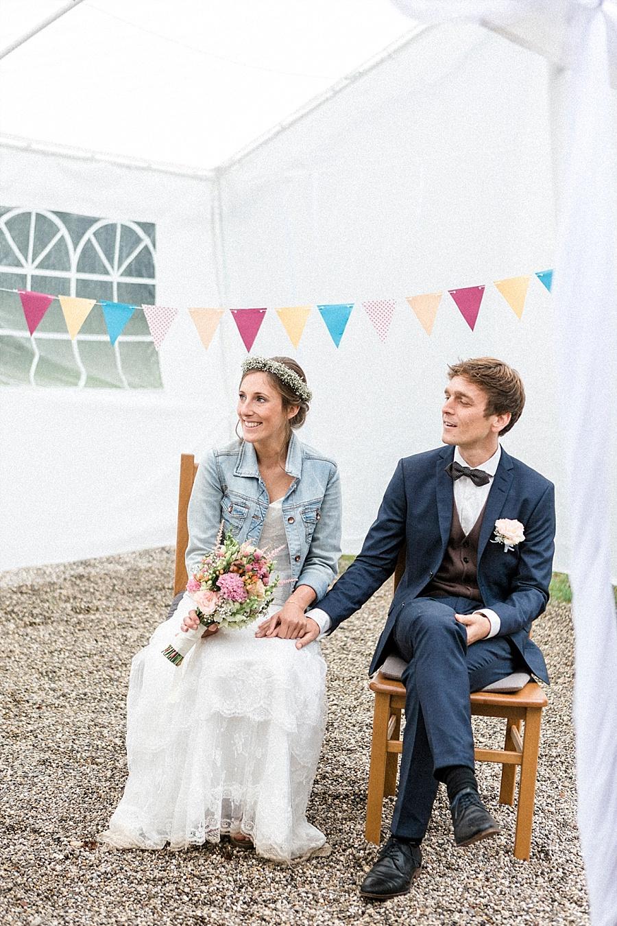Jeansjacke zum Brautkleid