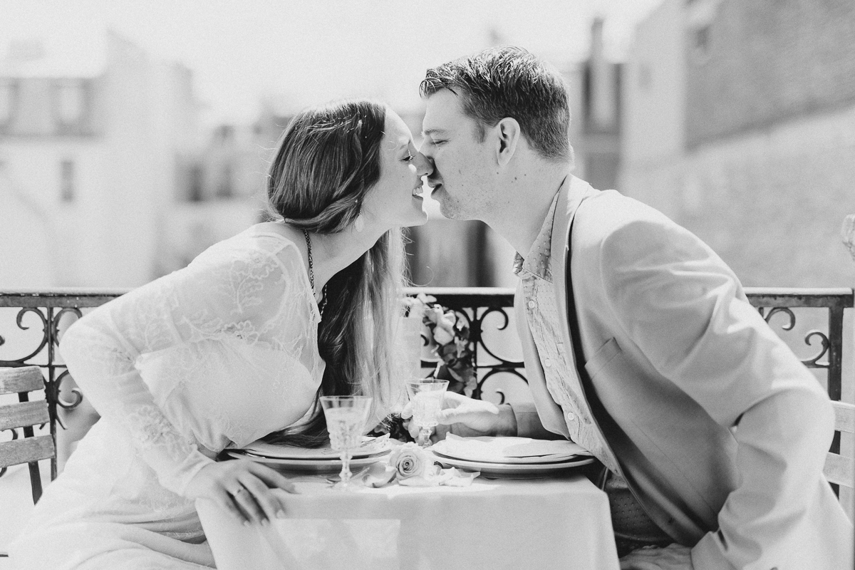 irinaundchris_elopement_honeymoon_paris_088