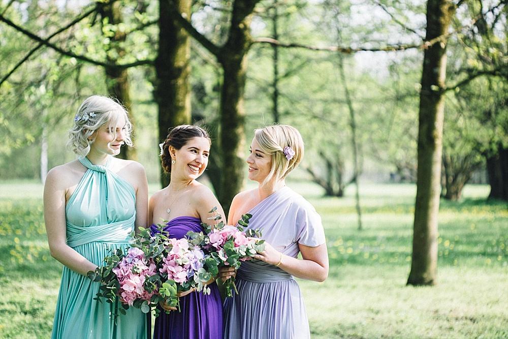Stylingideen für Brautjungfern & Trauzeugin
