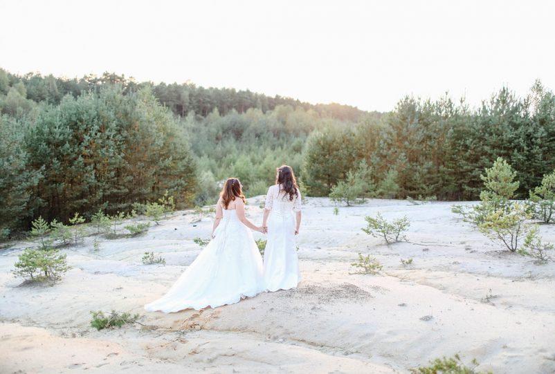 Bunte DIY Hochzeit mit freier Trauung