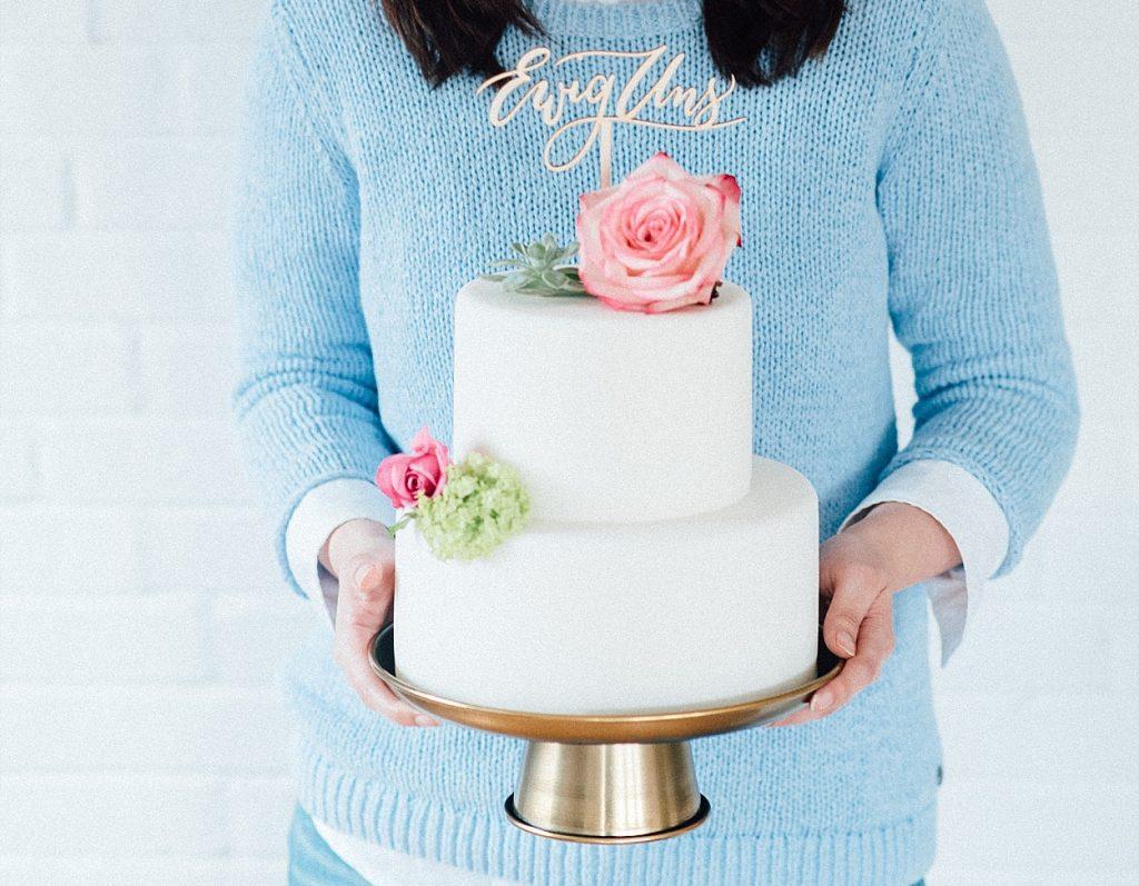 Die schönsten Kalligrafie Cake Topper für die Hochzeit