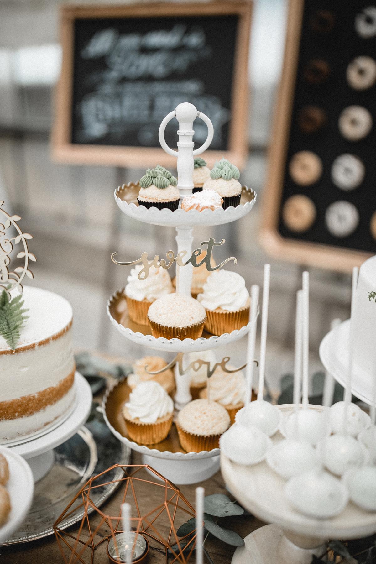 Andreas_Nusch_Hochzeitsfotografie_Brautshooting_2017_JA-Hochzeitsshop_0159