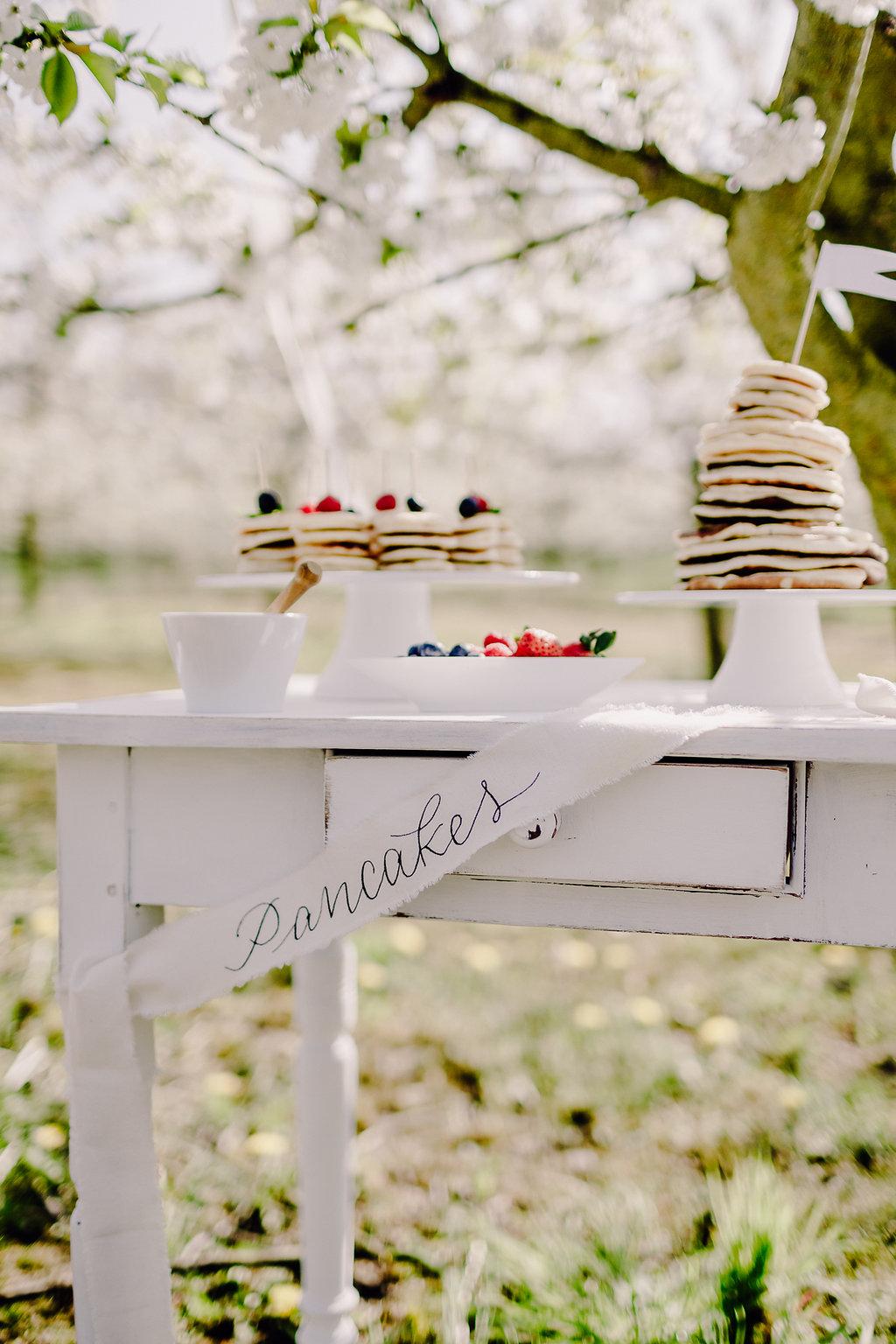 Pancakes Hochzeitstorte aus Pfannkuchen