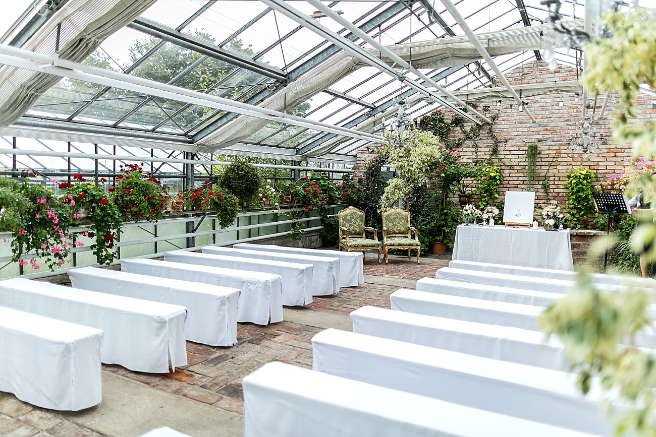 romantische hochzeit im gew chshaus in der alten g rtnerei hochzeitsblog the little wedding corner. Black Bedroom Furniture Sets. Home Design Ideas