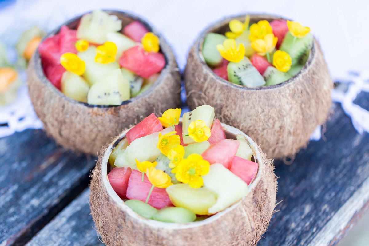Obstsalat in Kokosnuss, Fruchtsalat in Kokosnuss