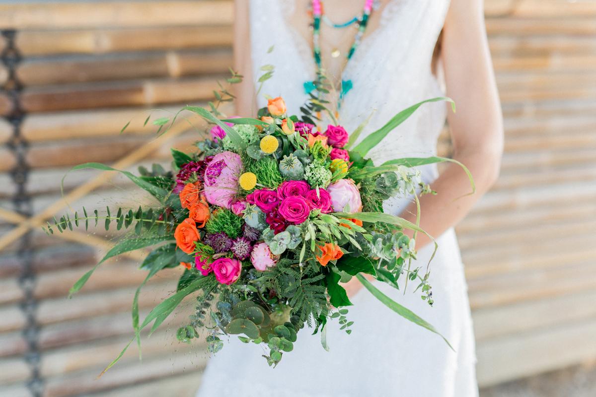Brautsrauß bunt rosa grün gelb für Strandparty