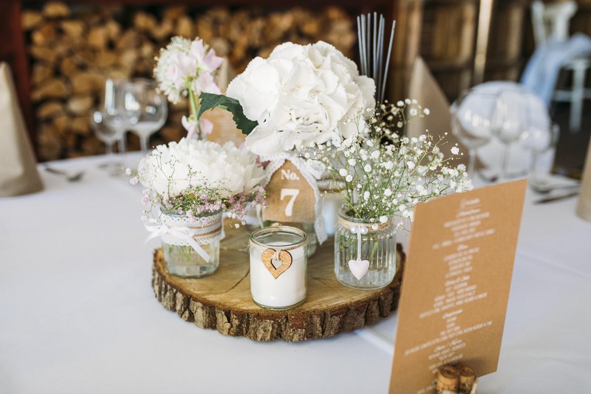 l ssige gartenhochzeit mit freier trauung hochzeitsblog the little wedding corner. Black Bedroom Furniture Sets. Home Design Ideas