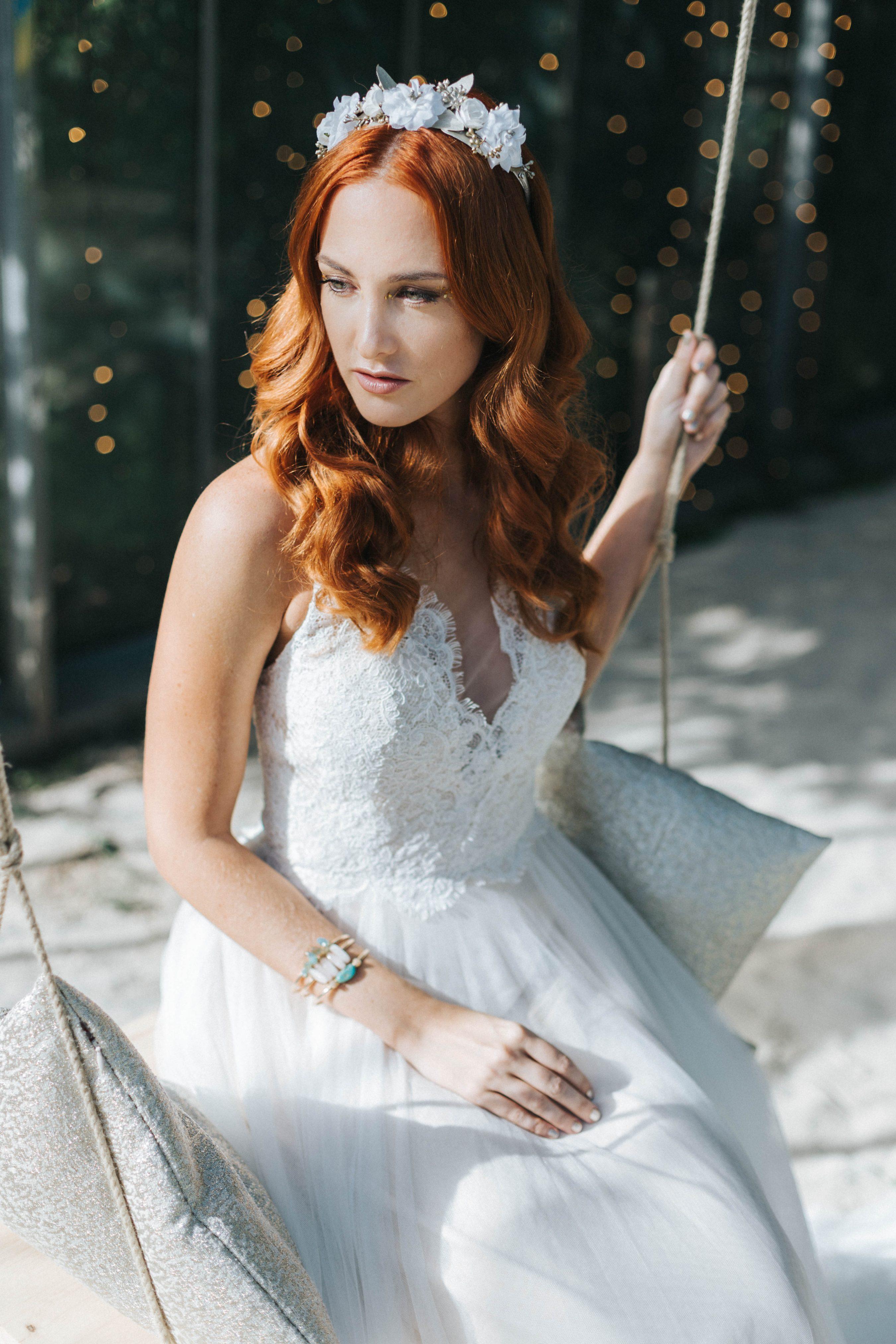 Brautfrisur offene Haare mit Wellen, Brautfrisur rote Haare
