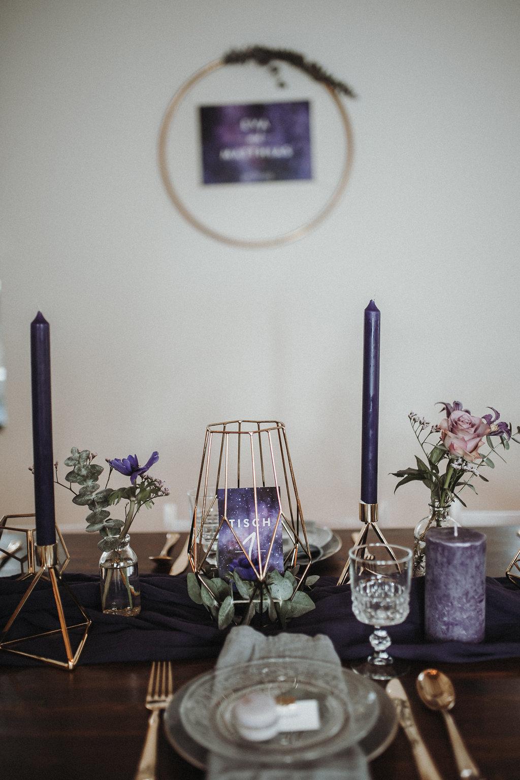 Tischdekoration Ultra Violet, Tischdeko lila, Tischdeko ultra violet