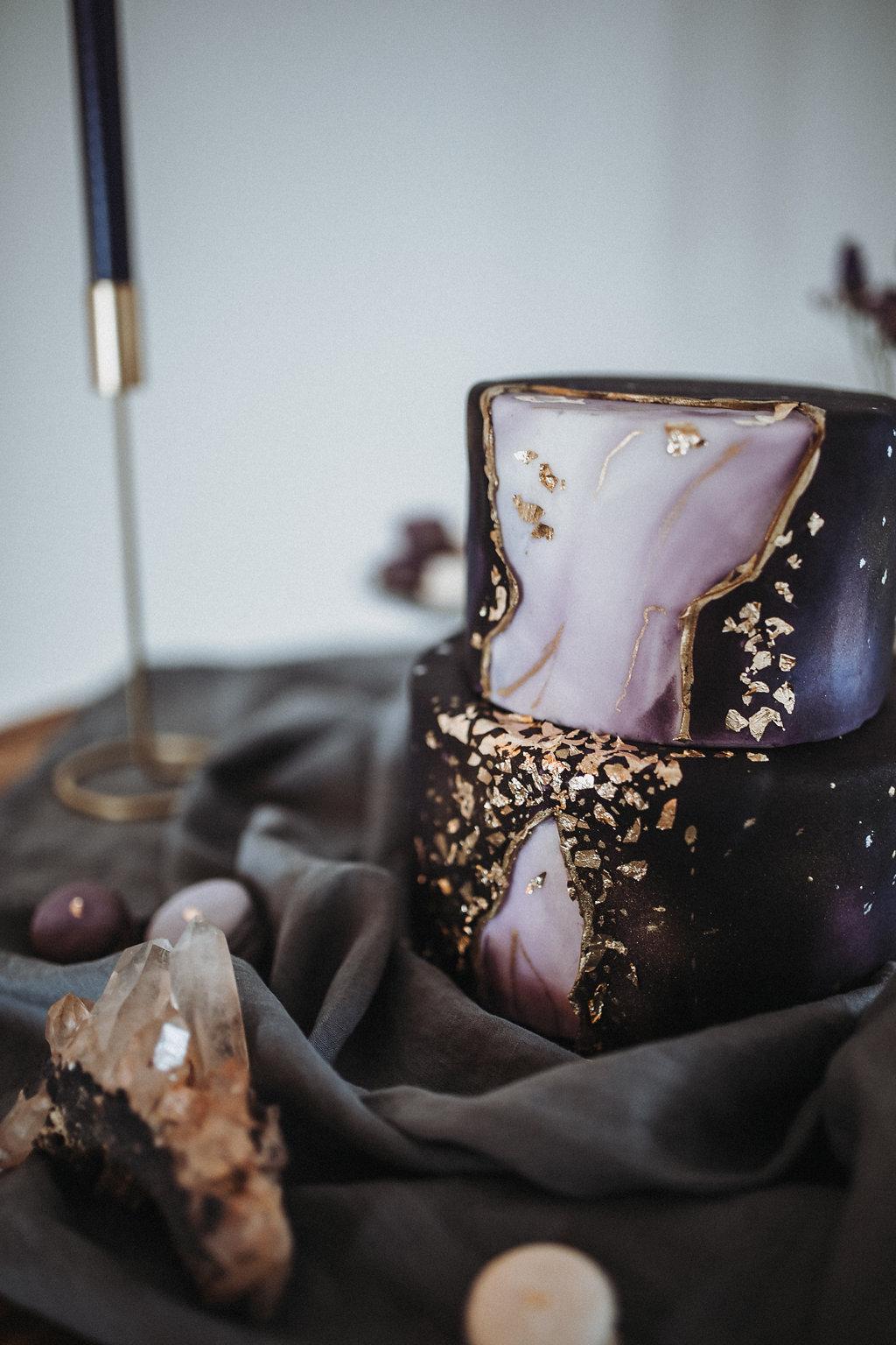 Geode Hochzeitstorte, Geode Wedding Cake, Ultra Violet Hochzeitstorte