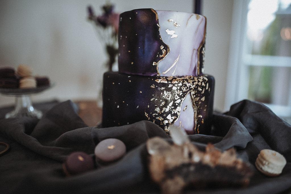 Geode Cake, Ultra Violet Hochzeitstorte, Torte lila, lila Hochzeitstorte, Geode Torte lila