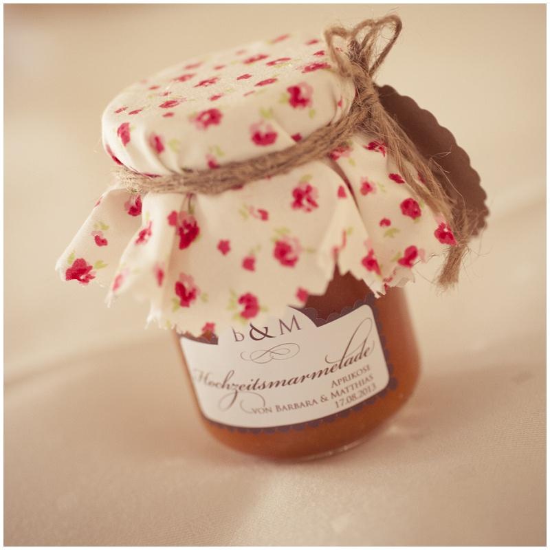 DIY: Marmeladengläser mit Vintage Stoffen als Gastgeschenke, Teil 1