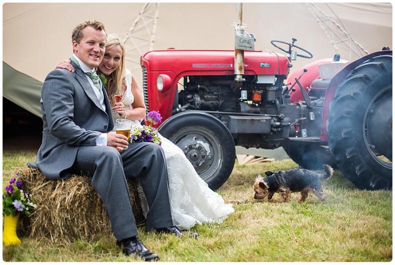 Dominic Whiten rustikale Hochzeit in Kent