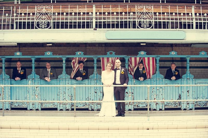 DIY-Hochzeit mit Vintage Flair in Manchester von Steve Longbottom