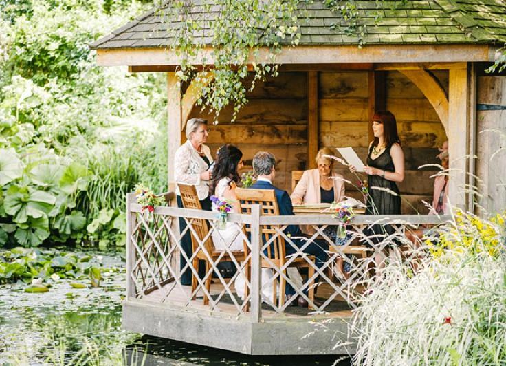 Romantische Hochzeit auf dem Land in Cambridgeshire von Ann-Kathrin Koch