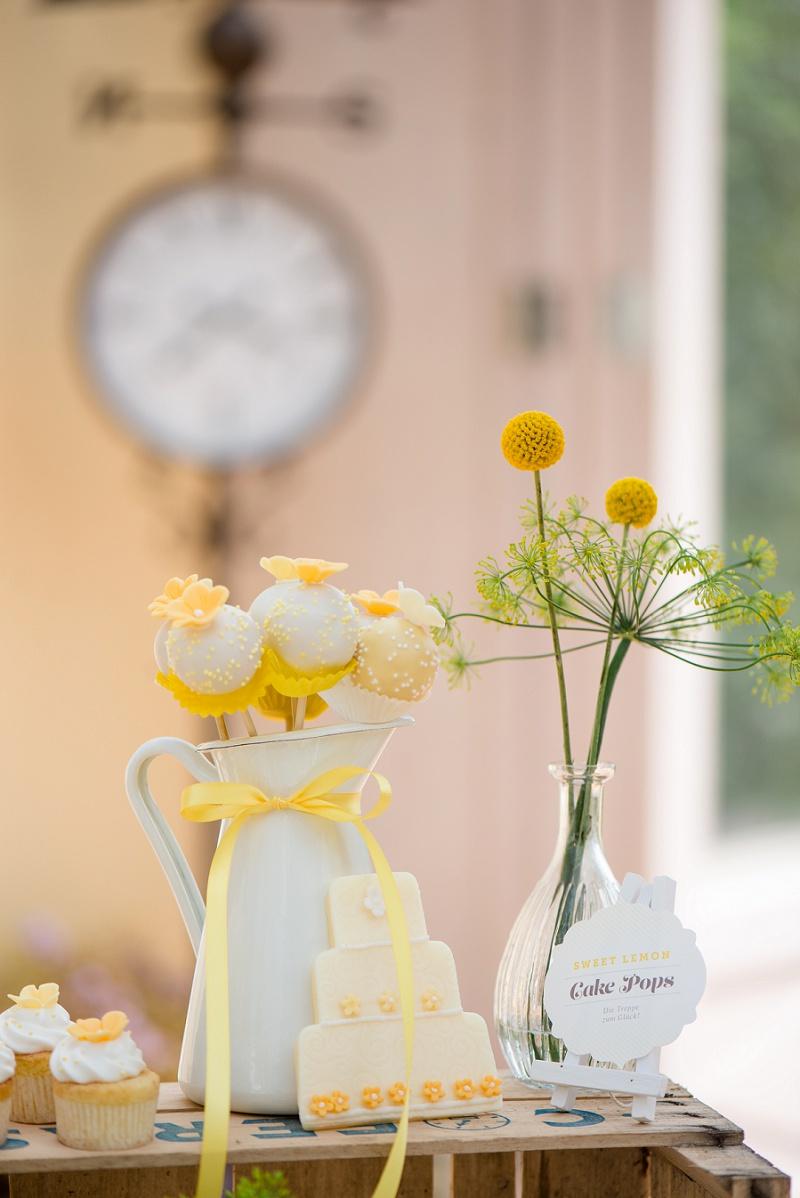 Hochzeit Kekse gelb