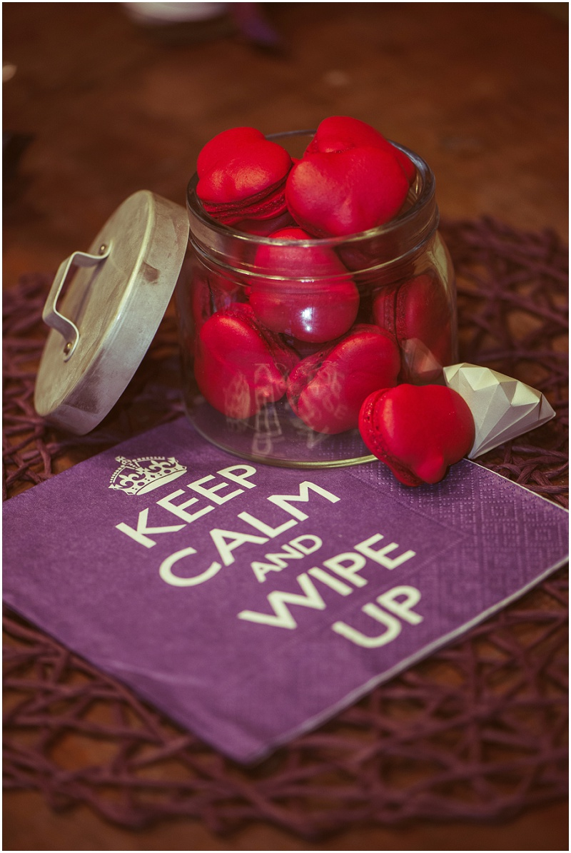 macarons rot Keep Calm and wipe up