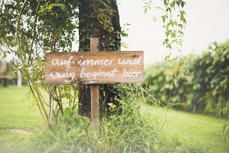 Hochzeit Holzschild Wegweiser auf immer und ewig