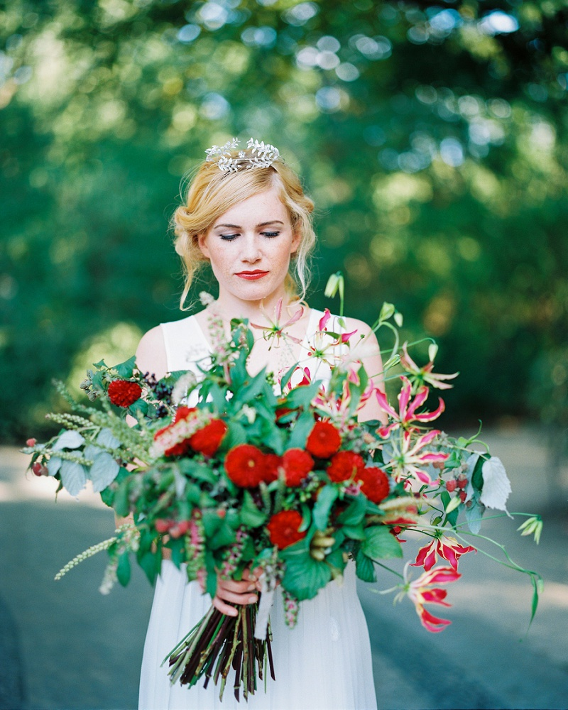 Brautstrauß rot groß