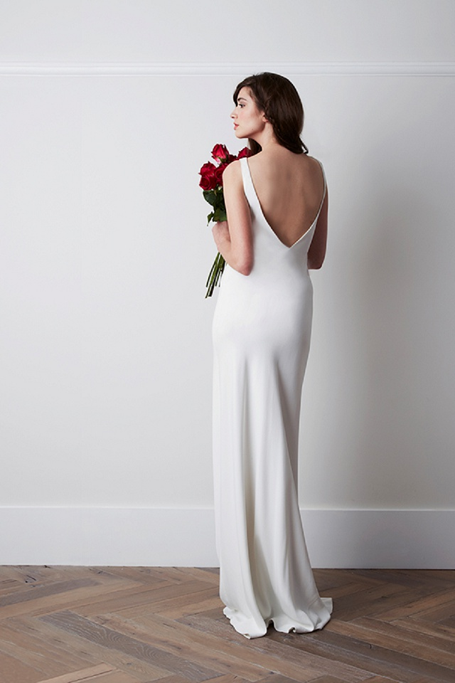 Brautkleid Seide Rückenausschnitt