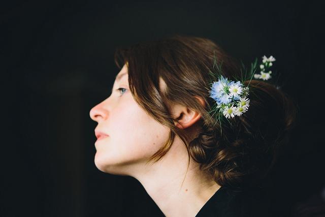 Brautfrisur Blume Boho