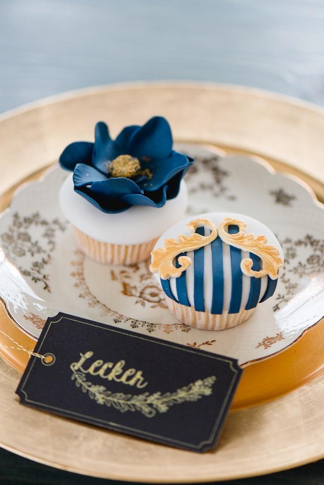 Cupcakes Hochzeit gold blau