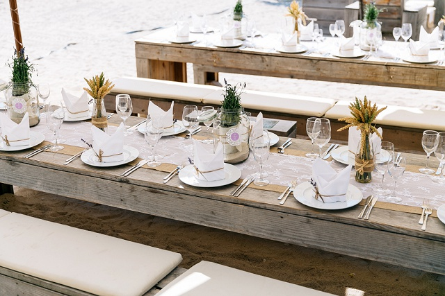 Hochzeit Tischdeko rustikal Lavendel