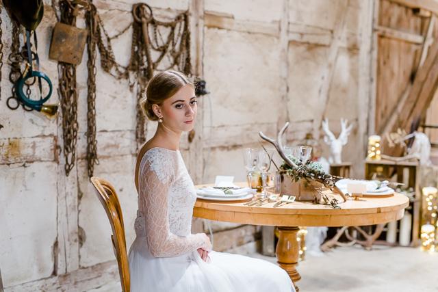 Tischdekoration Hochzeit rustikal Forsthaus