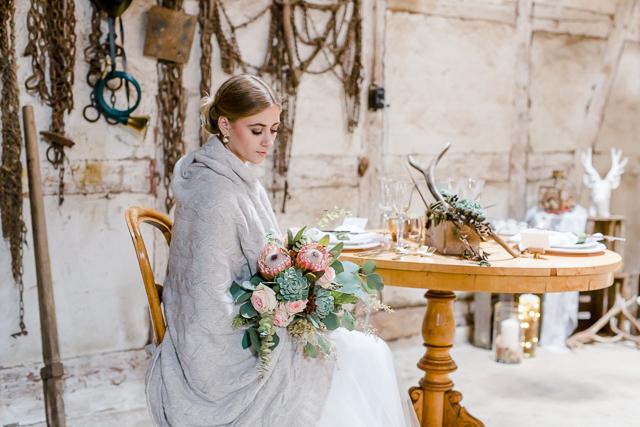 Rustic Chic: Forsthausliebe für eine romantische Herbsthochzeit von Nina Su Photography
