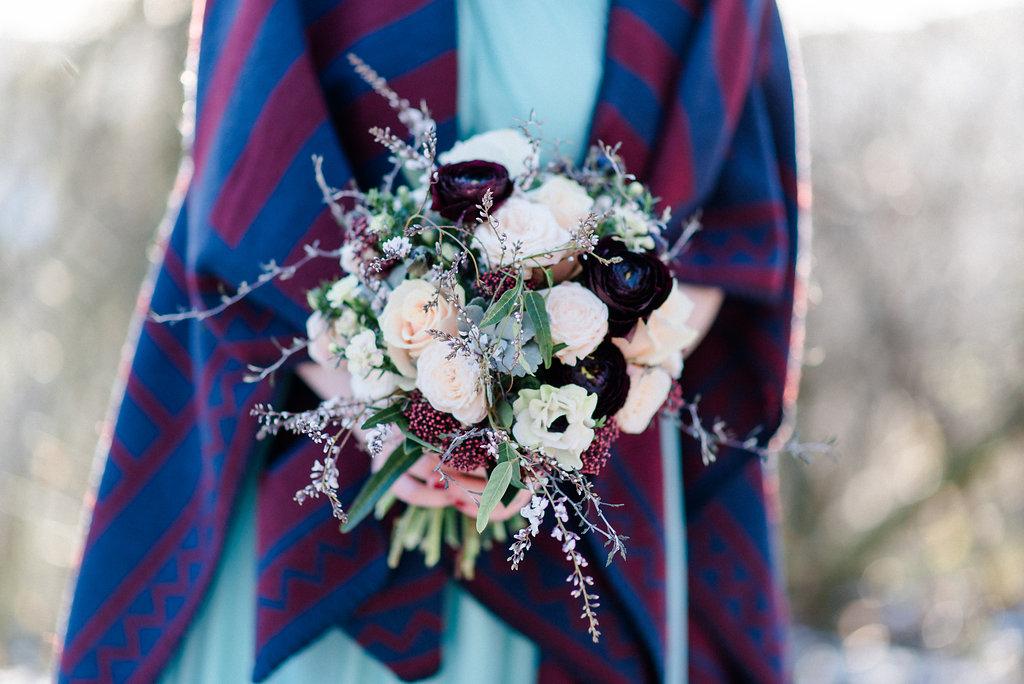 Brautstrauß Winter Anemonen