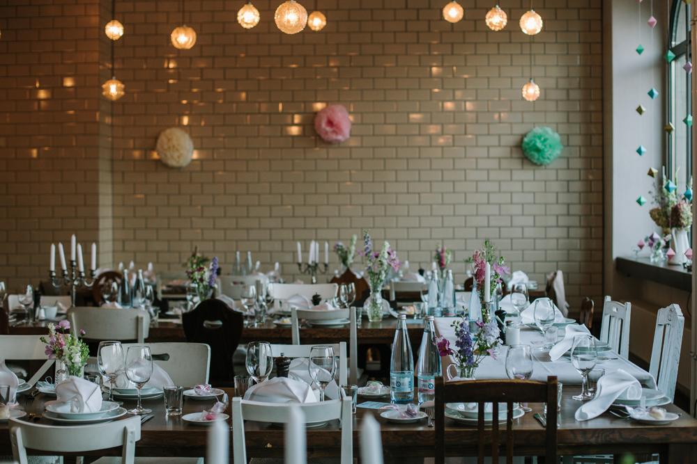 urbane Hochzeit Tischdekoration